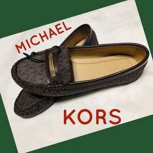 💚Authentic Michael Kors Signature Loafers shoes💚